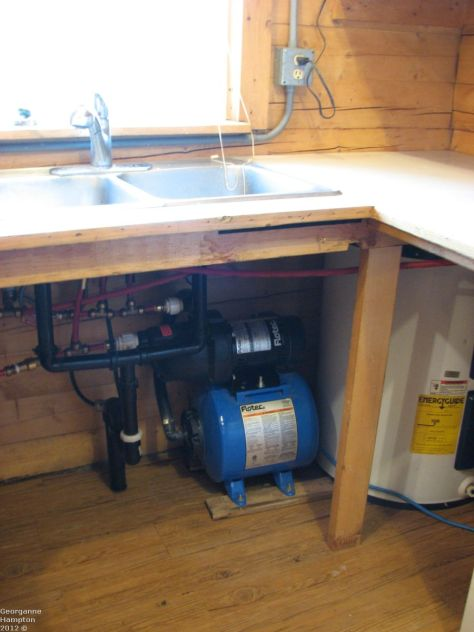 Waterless cabin, internal water system